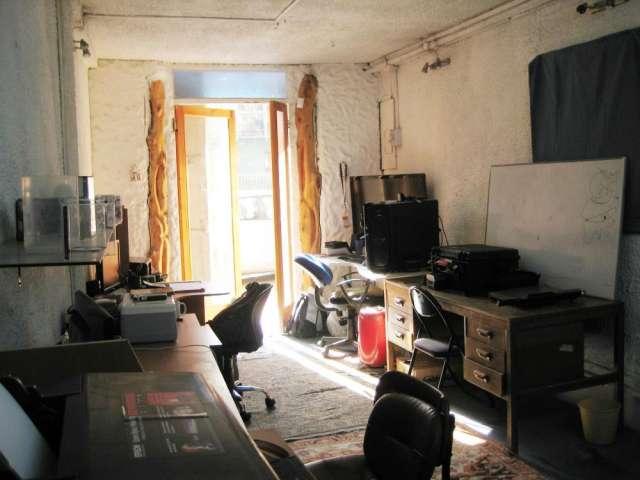 Arriendo oficina taller en alférez real 1083 patente comercial
