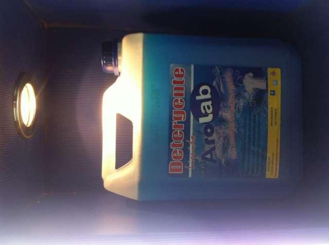 Detergente líquido concentrado