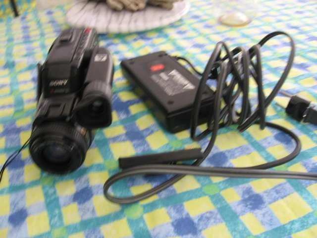 Video camara sony hi-fi stereo video hi8 handycam