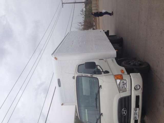 Camión hyundai hd 78 año 2014
