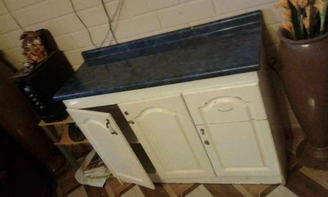 Mueble de cocina usado de melamina