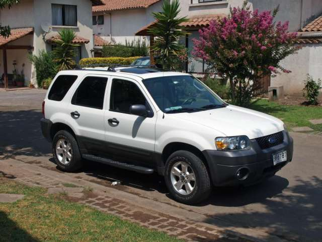 Ford escape xlt v6 full premium
