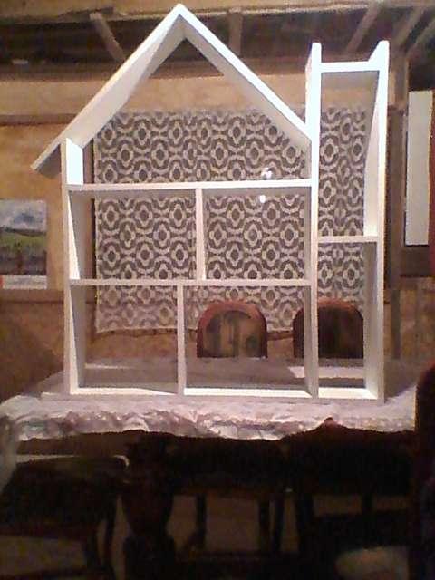 Repisas en forma de casita