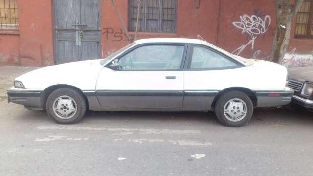 Vendo automovil pontiac sunbird año 89 en 500 lukas mi celu es 97404649