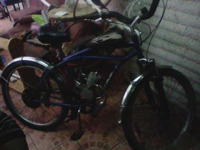 Vendo bicicleta con motor lahsen