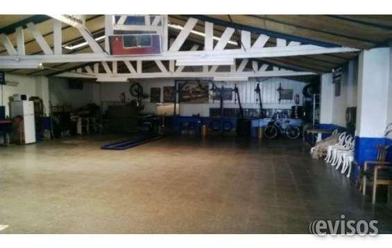 Dueño vende directo impecable galpón garage y privilegiada ubicación