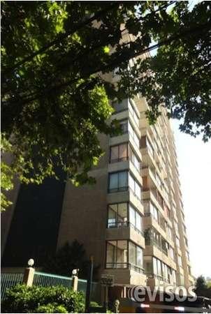 Vendo departamento 1 dormitorio media cuadra metro colón