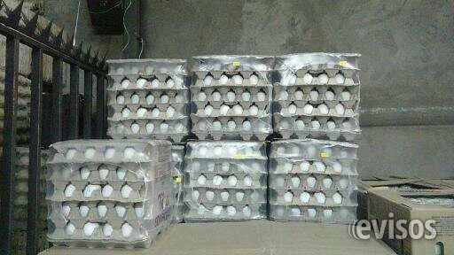 Venta de huevo caja de 180 unidades blanco y rosados
