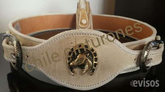 aafd24316 Fotos de Fino cinturon de cuero crudo con costura cuyana doble hebilla  chapiada y chapa de