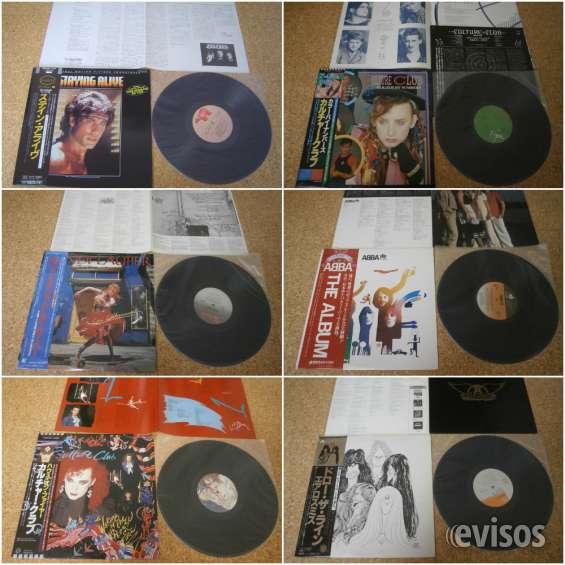 Algunas ediciones japonesas con obi