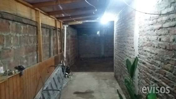 Patio techado posterior