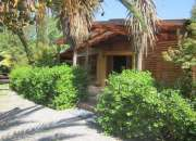 Se vende  parcela de  5.000.- m2. con dos casas y piscina de 10 x 5 m2