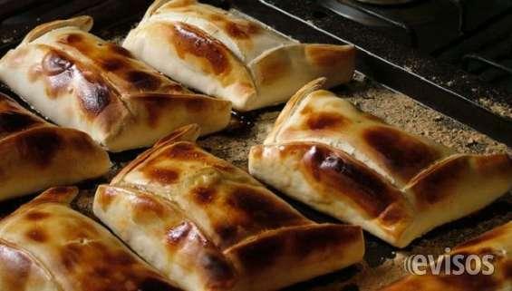 Canapes empanadas cocteleria variedad garzones