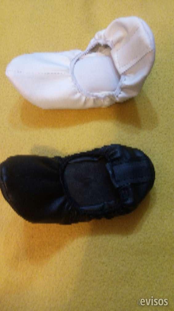 Zapatillas chicle por mayor 999919111