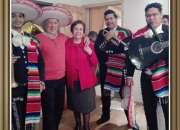 Mariachis show mexico