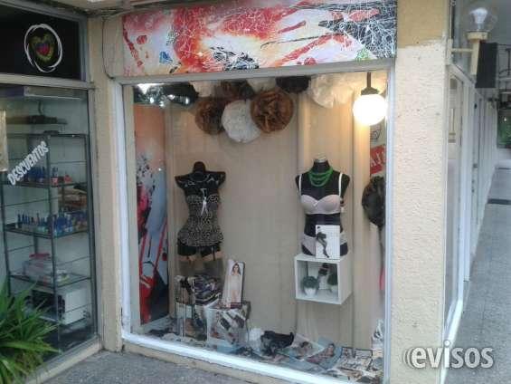 Derecho a llave tienda ropa interior y lenceria femenina