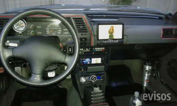 Vehiculo nissan sentra único dueño, pintura original, excelente estado.