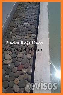 Piedra para espejo de agua