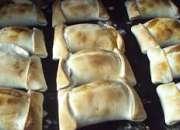 Empanadas de coctel pastelitos canapes petit bouchet 67129696