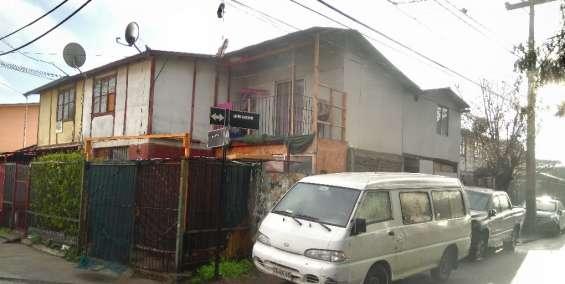 Vende casa 2 pisos ampliada con departamento interior en pudahuel