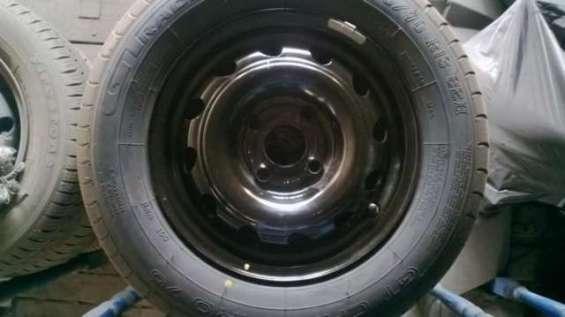 Vendo neumáticos con y sin llantas parta chevrolet corsa