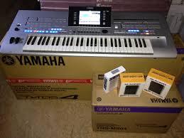 Venta yamaha tyros4 61-key arranger workstation teclado $400 dolares