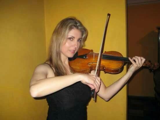 Profesora de violín a domicilio para niños y adultos