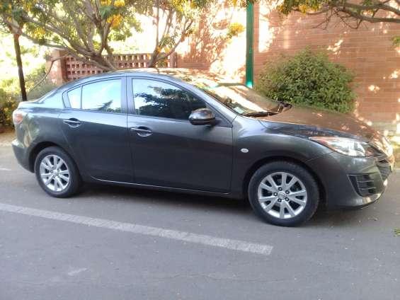 Mazda 3 2010 full excelente estado.