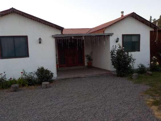 Putaendo excelente casa 207 m2 con terreno 2345 m2 vende dueño