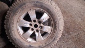 Llanta con neumático para mitsubishi l-200 dakar,