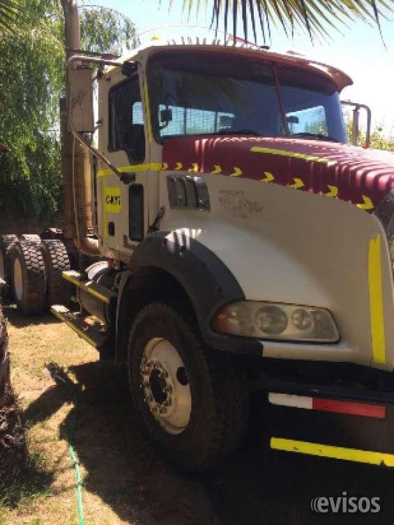 Camión tracto mack modelo gu813 año 2011