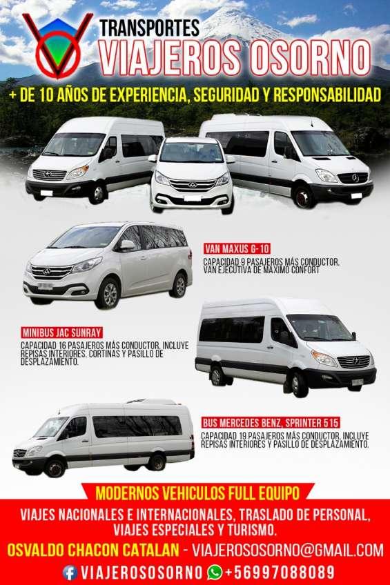Arriendo de modernos minibuses con conductor en osorno