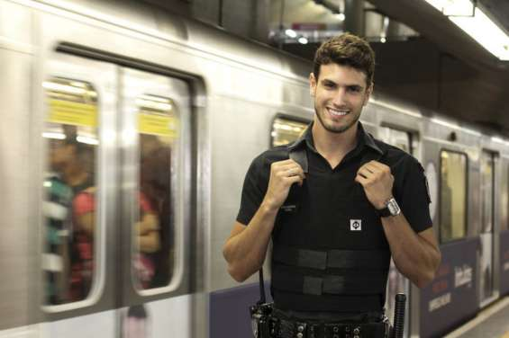 Guardias de seguridad..