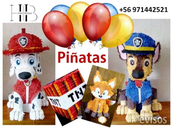 Se fabrican piñatas, todas temática y personalizadas.