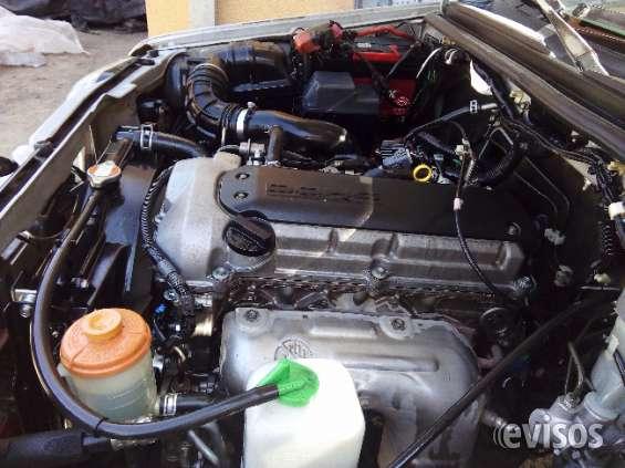 Vendo vehículo suzuki jimmy 2011