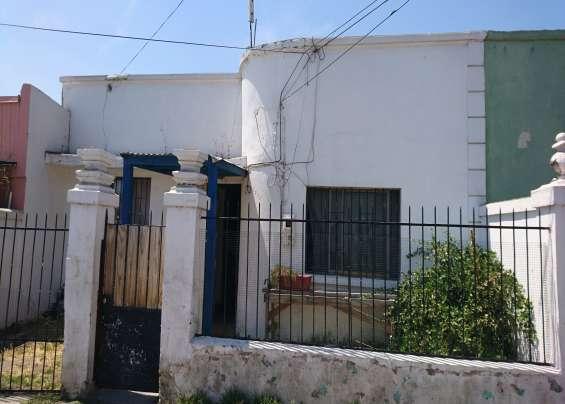 Oportunidad casa antigua de 240m2 de terreno en recoleta