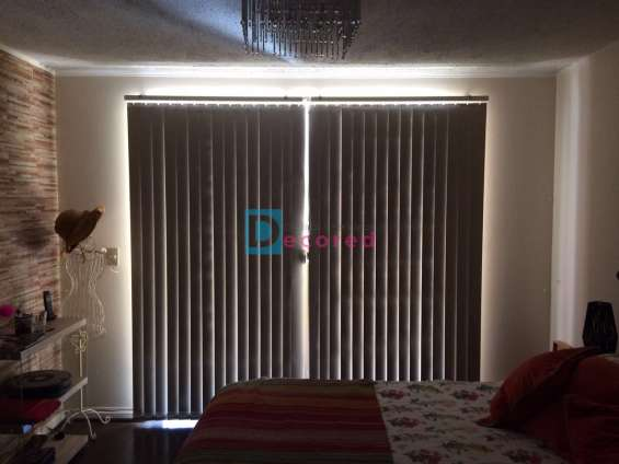 Cortinas vertical decored