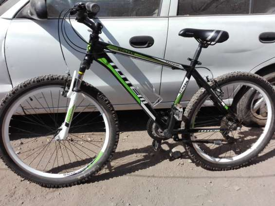 Bicicleta tottem como nueva, mantención al día se vende por no uso, cuadro talla m aro 26