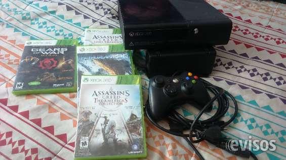 Xbox 360 desbloqueada con un control, cable hdmi y 4 juegos originales