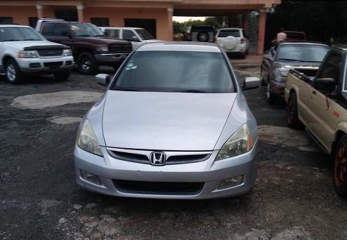 Honda accord 2004 2wd