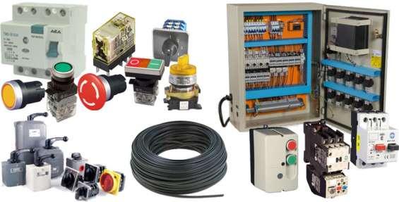 Servicios de instalaciones y mantenciones en electricidad.