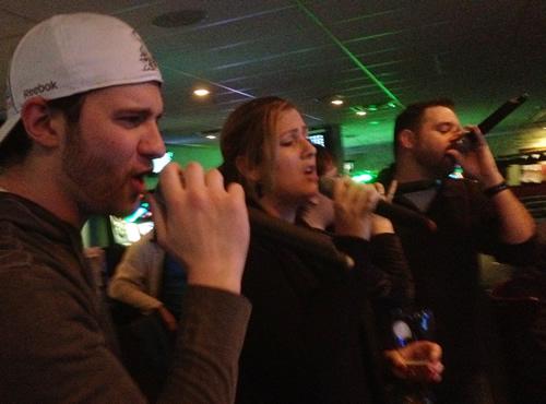 Arriendo karaoke a domicilio todo incluido
