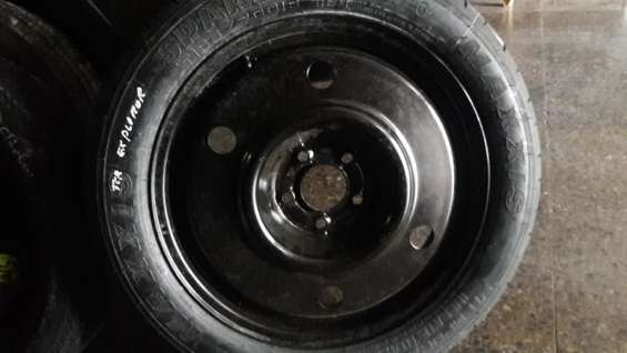 Neumáticos compactos ford focus, peugeot 3008, nissan kicks ,suzuki vitara