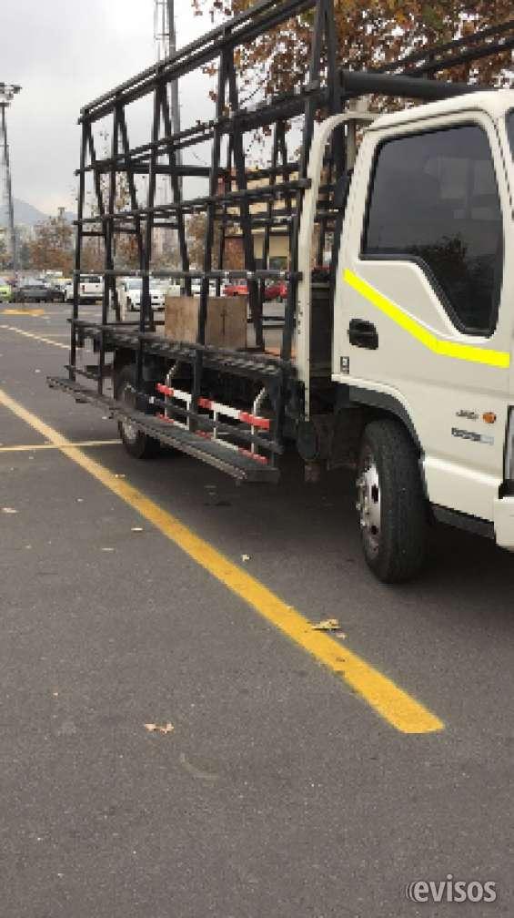 Camión jac urban 1042