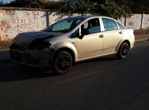 Fiat linea active 1.4 full equipo año 2013