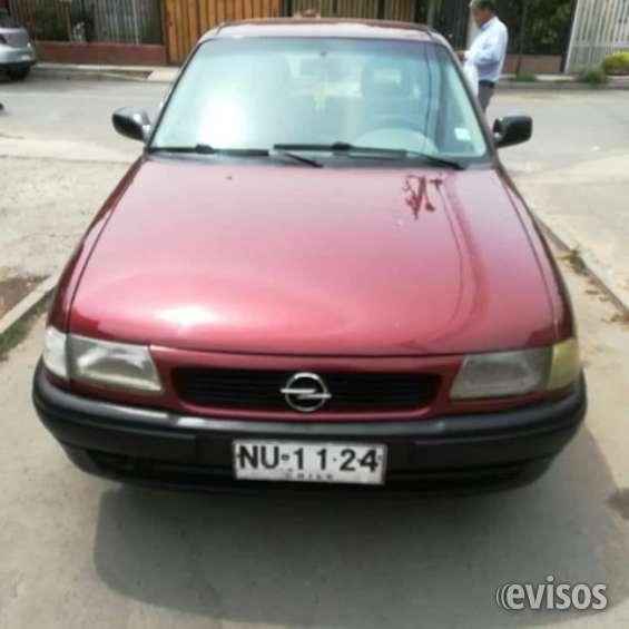 Opel astra 1.4 sedan año 1996 en perfectas condiciones papeles al día llegar y trasferir