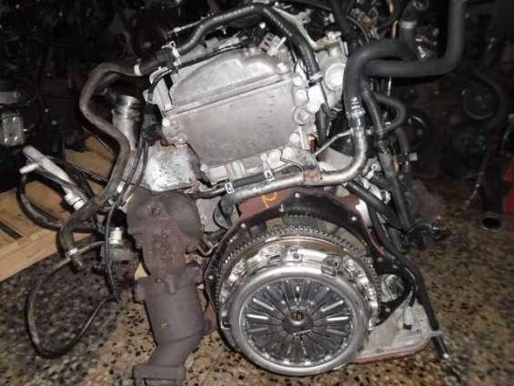 Motor nissan navara yd25