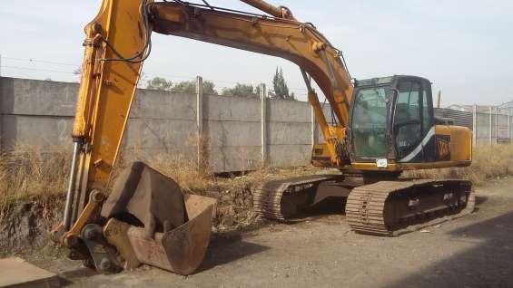 Excavadora jcb js210, año 2.000 $20.000.000 + iva