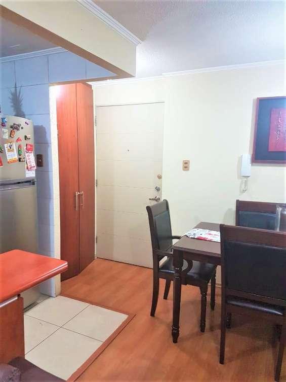 Se vende excelente departamento de 3 dormitorios y 2 baños en conchali