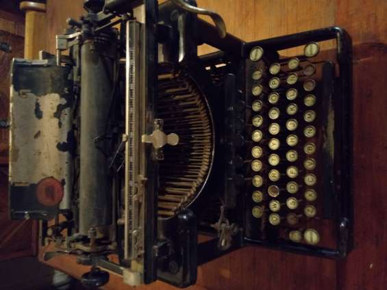Máquina de escribir remington standard 10